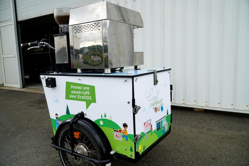 Machine à expressp pour prestation boissons chaudes